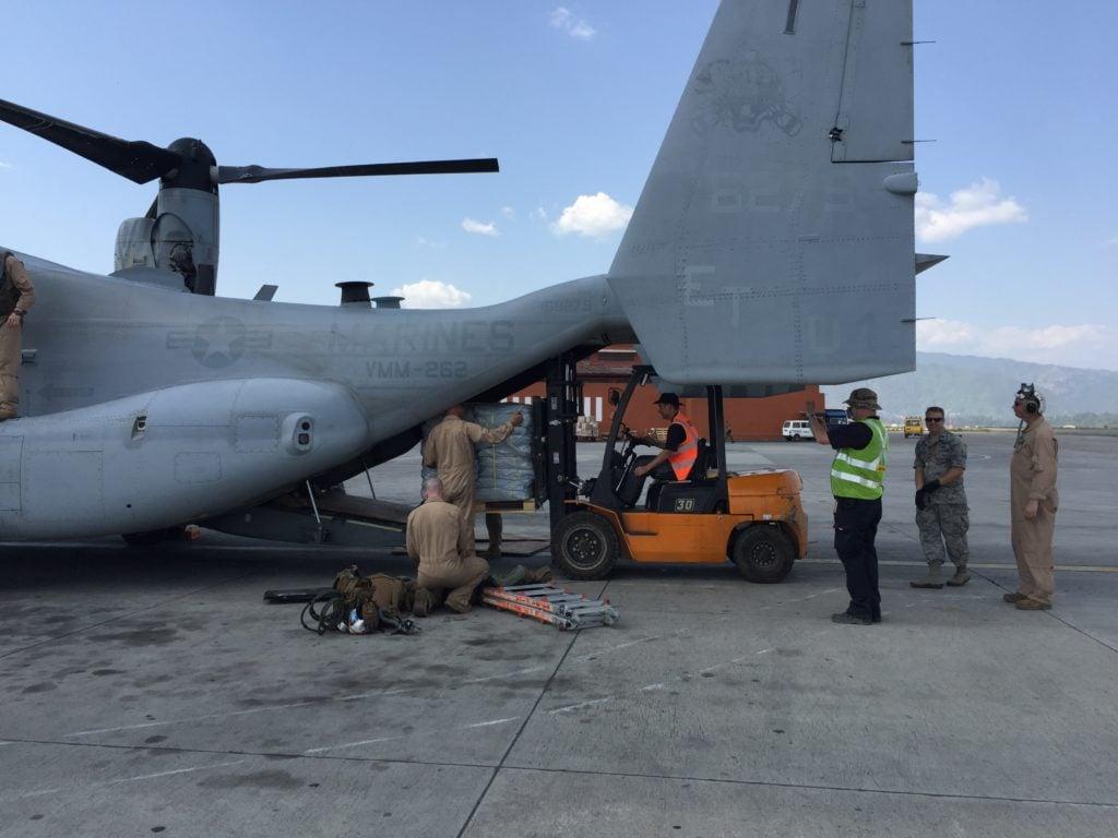 DHL GoHelp airport cargo team