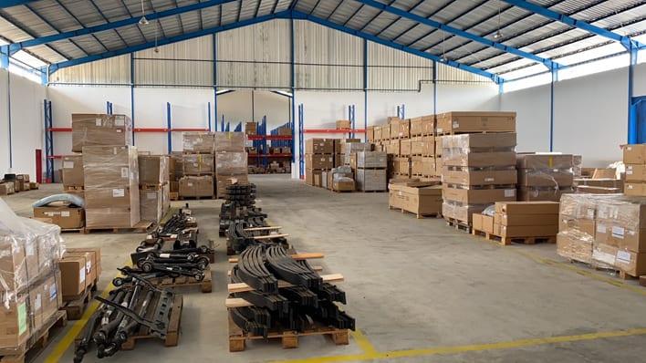 Daimler Indonesia DHL warehouse